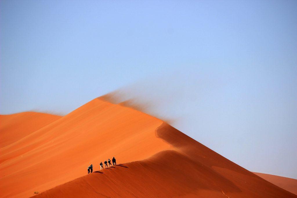 climb sand dynes